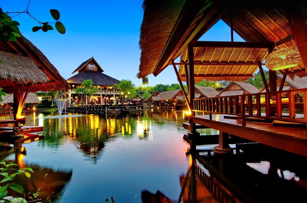Talaga Sampireun Restoran Murah di Jakarta