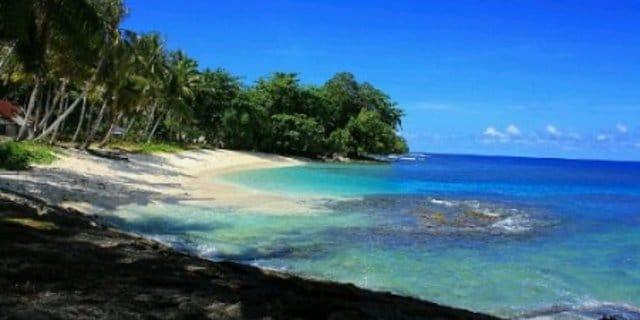 4 Pantai di Papua yang Indah dan Bikin Lupa Daratan oleh - tehcappoci.xyz