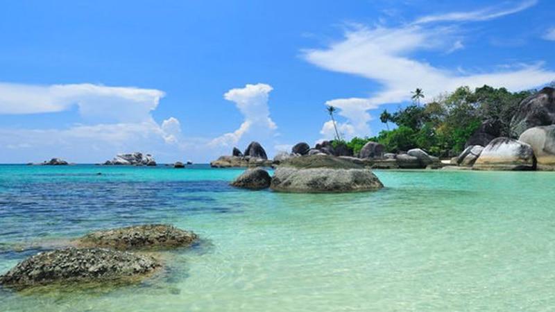 Pantai Parai Tenggiri - wisata Bangka
