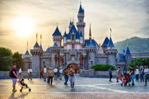 Tempat Wisata di Hong Kong - Hong Kong Disneyland