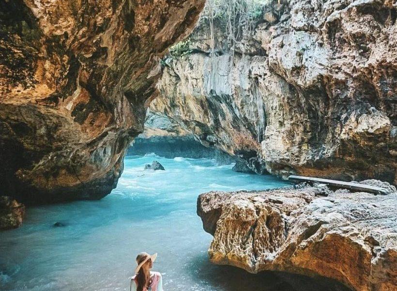 Pantai Suluban (phinemo)