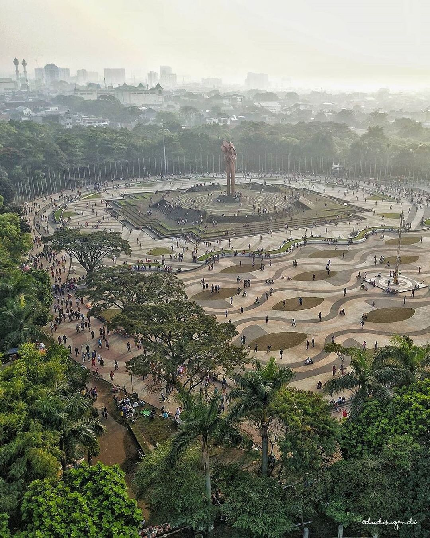 Itinerary Bandung Hari Ketiga - Lapangan Tega Lega (dudisugandi)