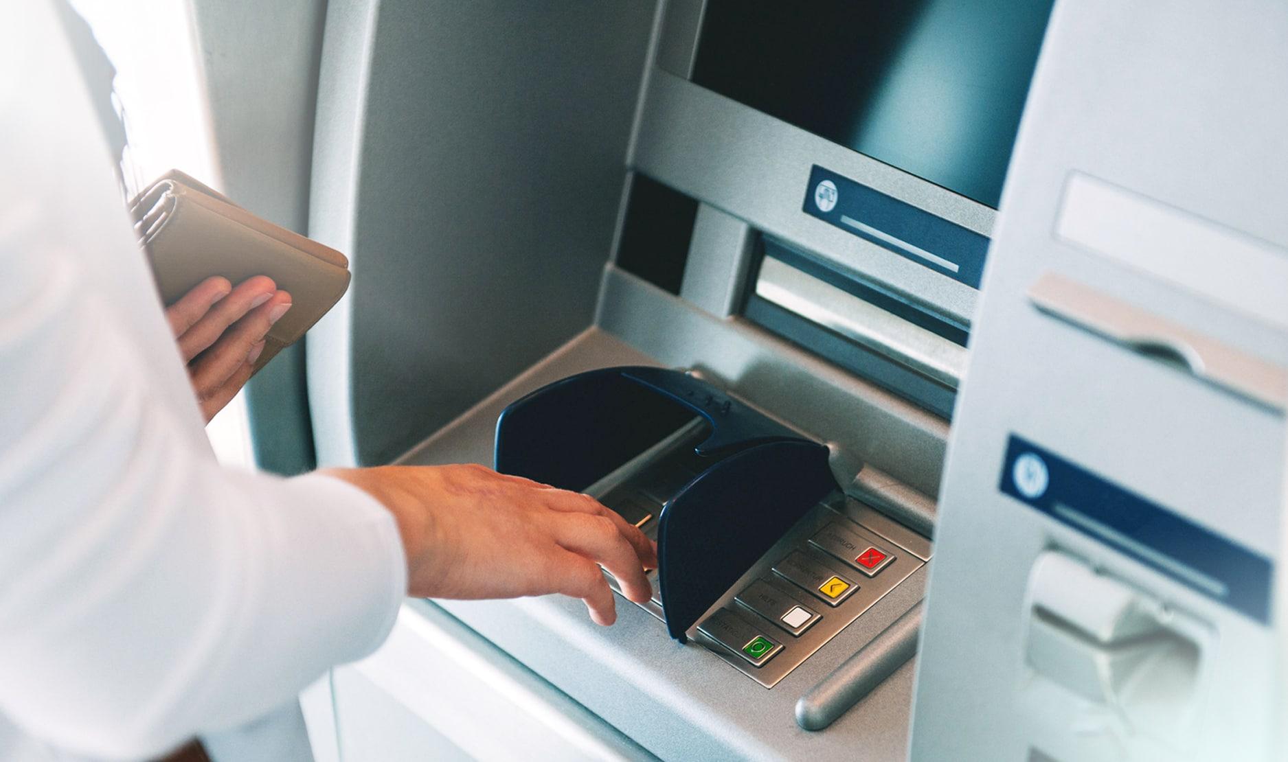 Tips Wisata - Memberikan Solusi di ATM (jaringanprima)