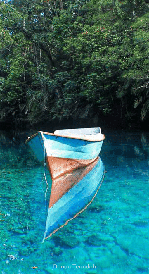 20. Read More - Danau Terindah