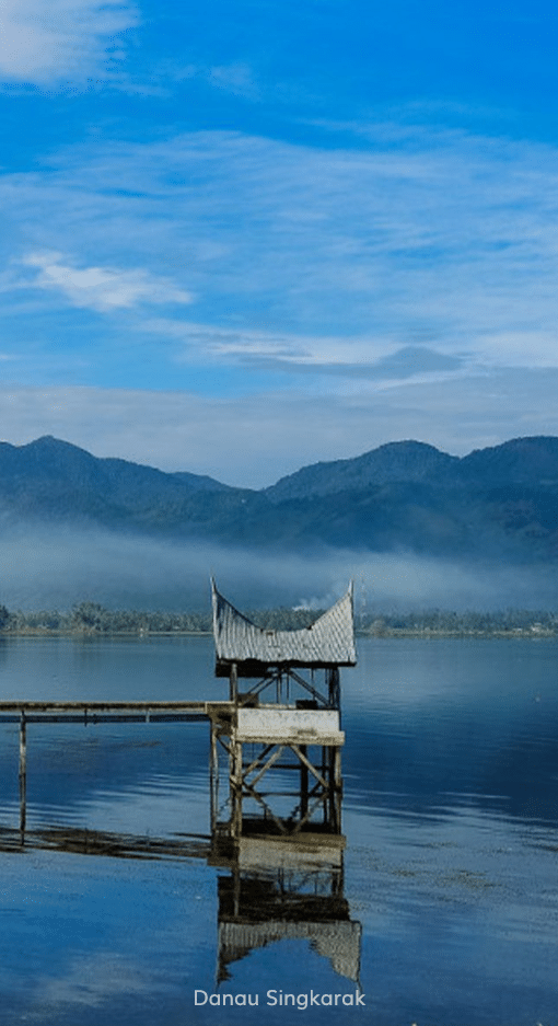 38. Read More - Danau Singkarak