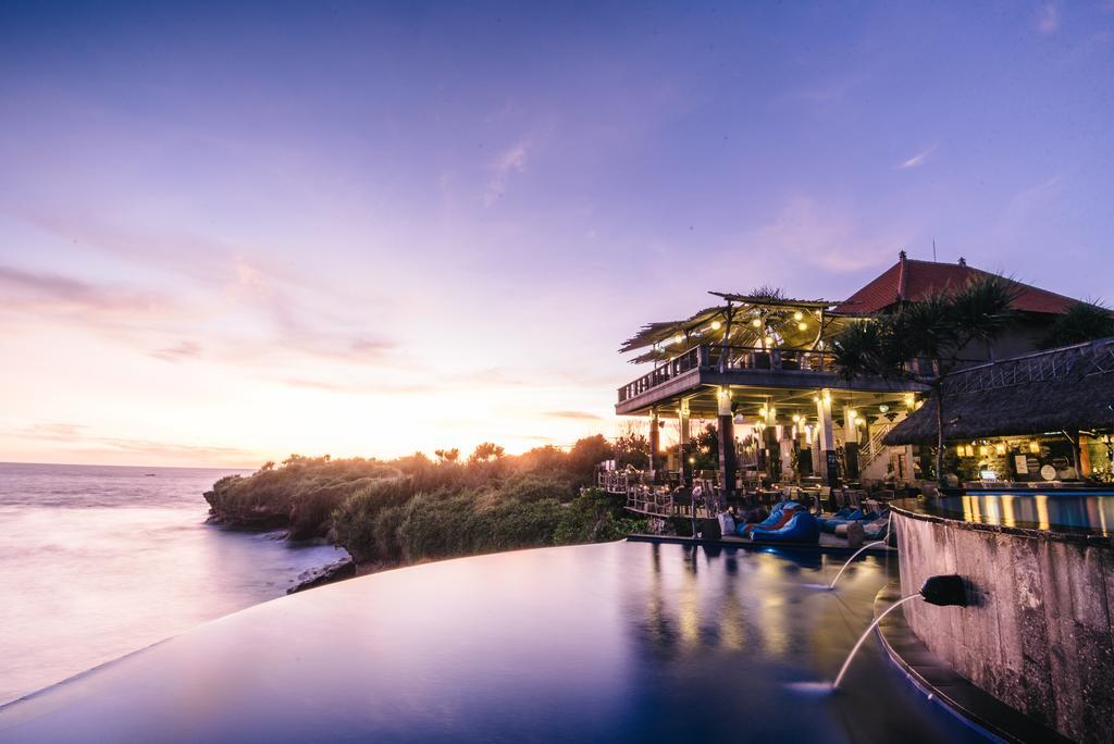 Dream Beach (booking.com)