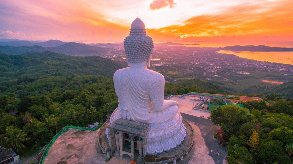 The Big Buddha (worldwidetour.ru)