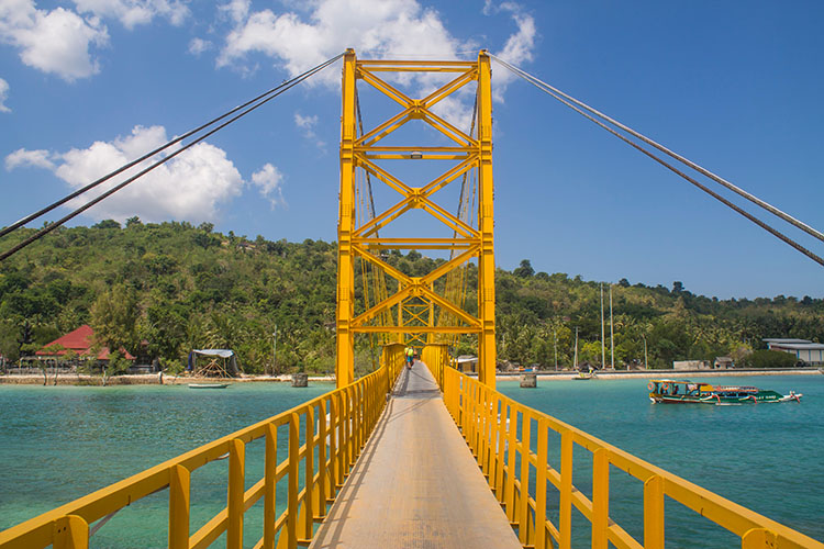 Yellow Bridge (jonistravelling)