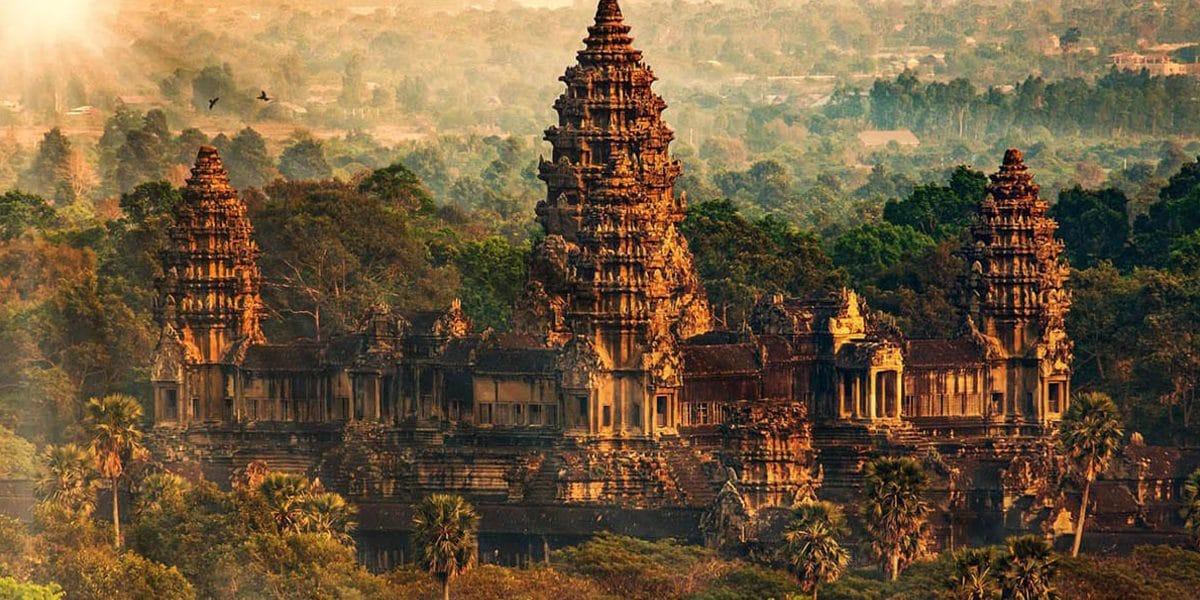Angkor Wat (youtube)
