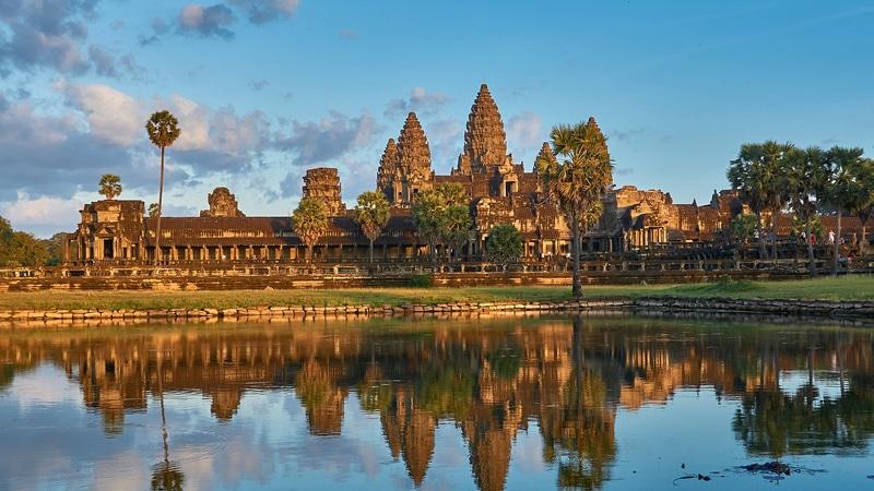 tempat wisata di Kamboja - Angkor Wat (travel.detik)