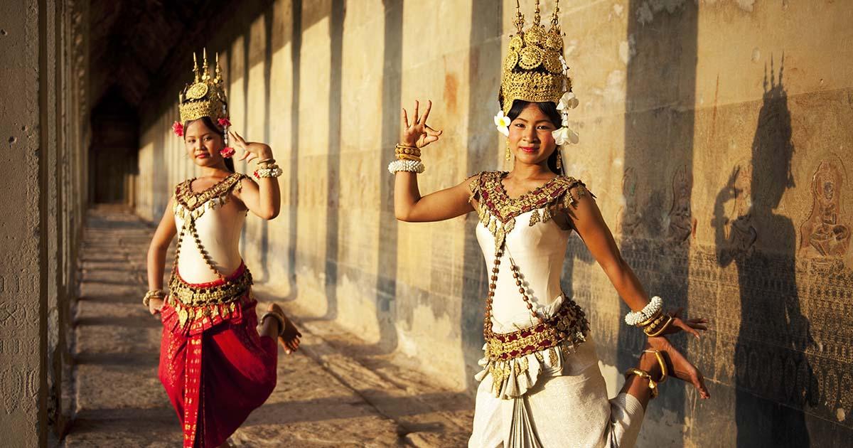 Khmer dance (theculturetrip)