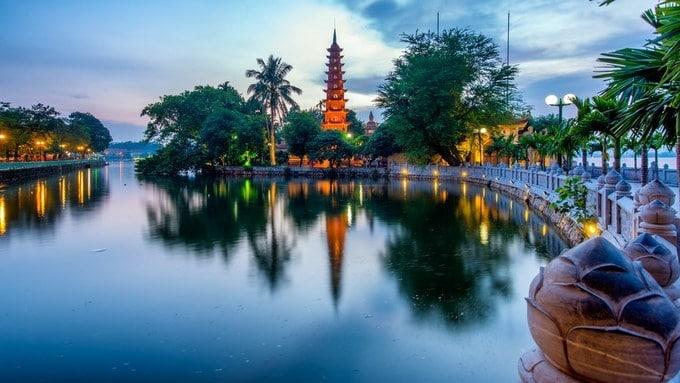 Tempat Wisata di Hanoi - Pagoda Tran Quoc (en.nhandan)