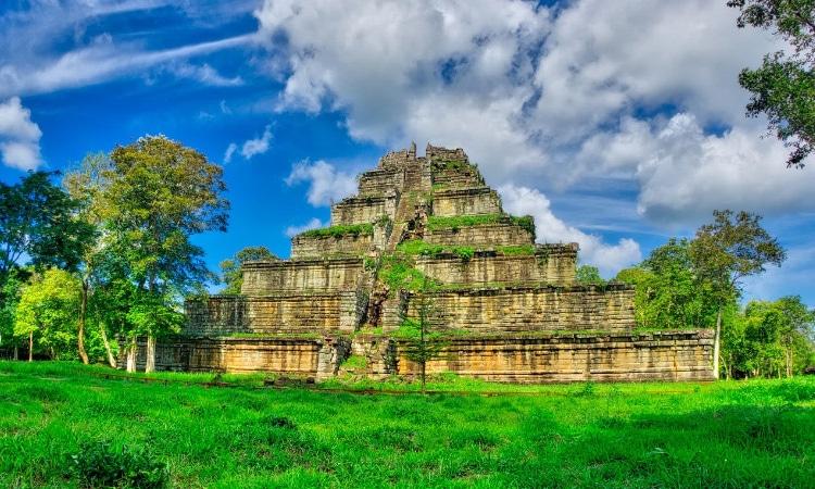 tempat wisata di Kamboja - Koh Ker (tripily)