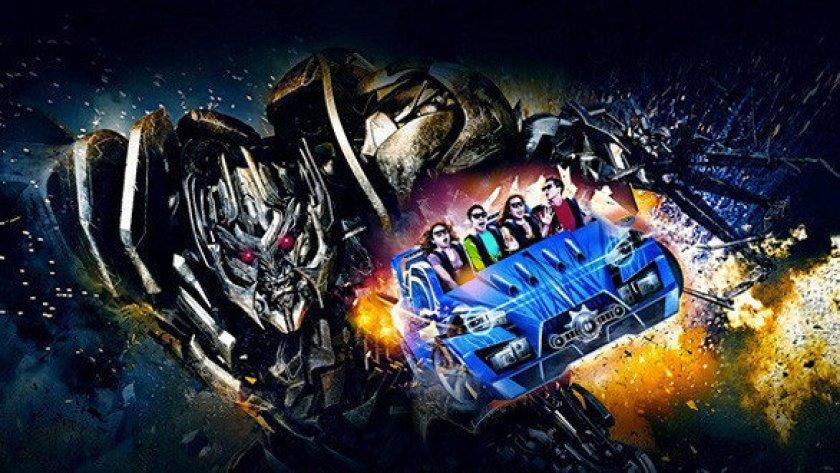 Universal Studio Singapore - Transformer The Ride 3D (latimes)