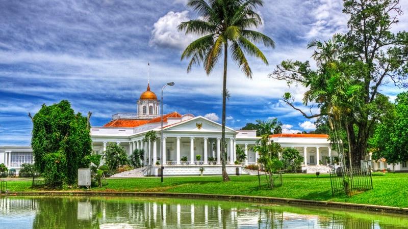 Istana Bogor (pinterest)