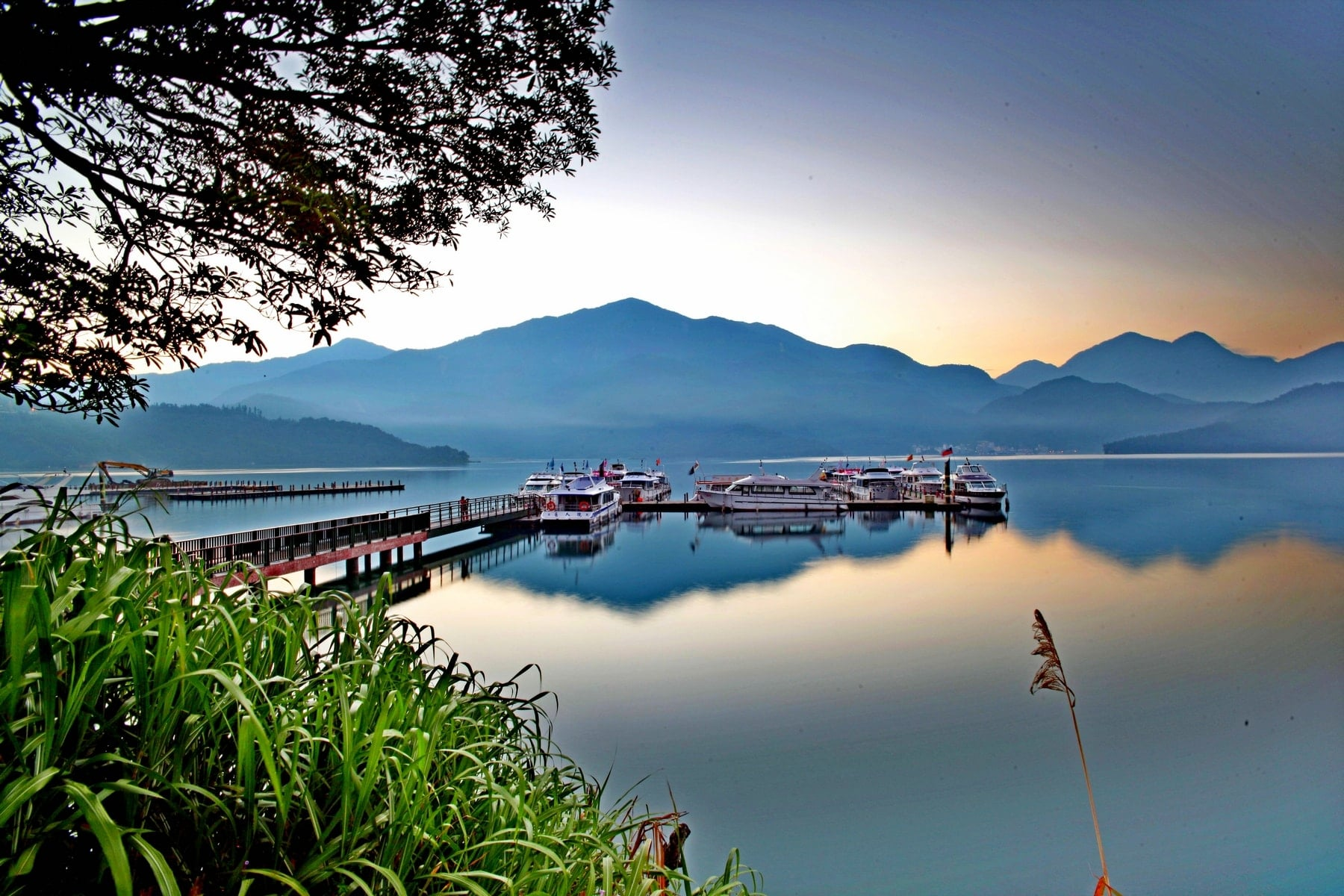 Sun Moon Lake (culturetrip)