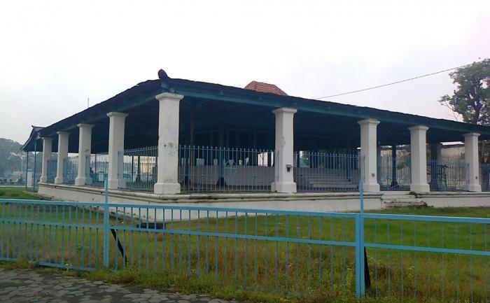 Area Siti Hinggil Kidul (wikimapia)