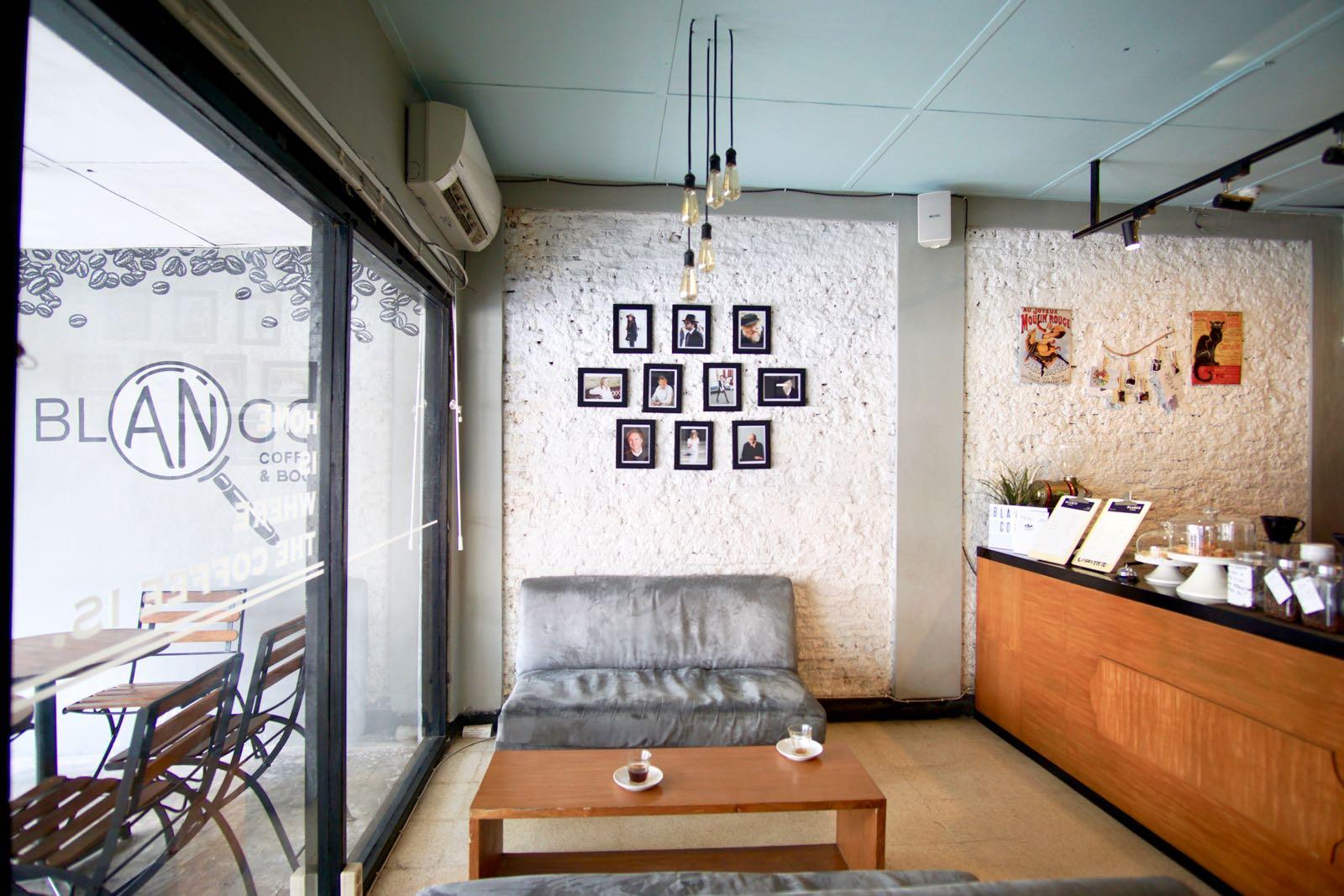 wisata kuliner Yogyakarta kekinian - Blanco Coffee and Books (pergidulu)