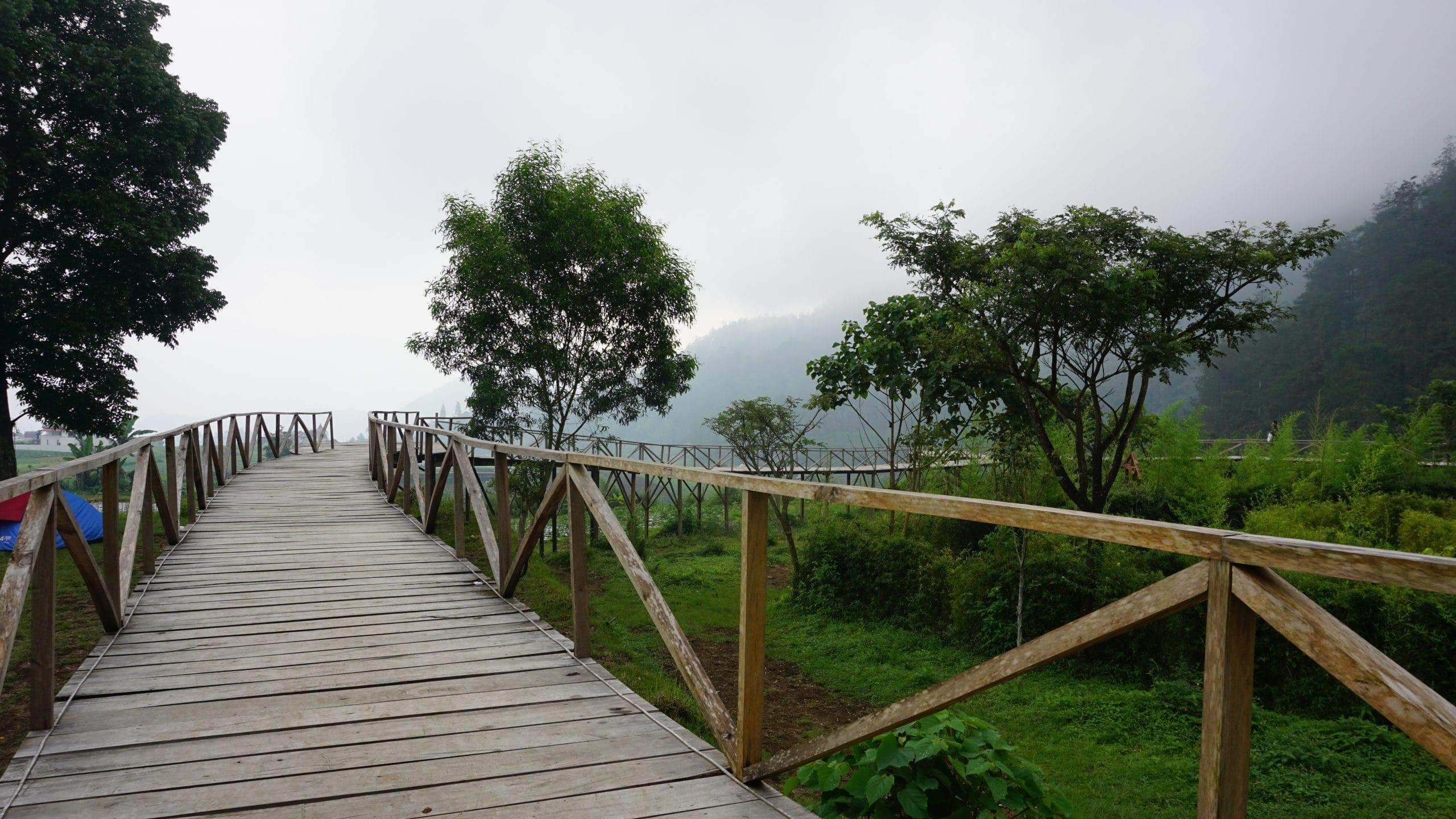 Pemandangan sekitar Wonderpark Tawangmangu (doc pribadi)