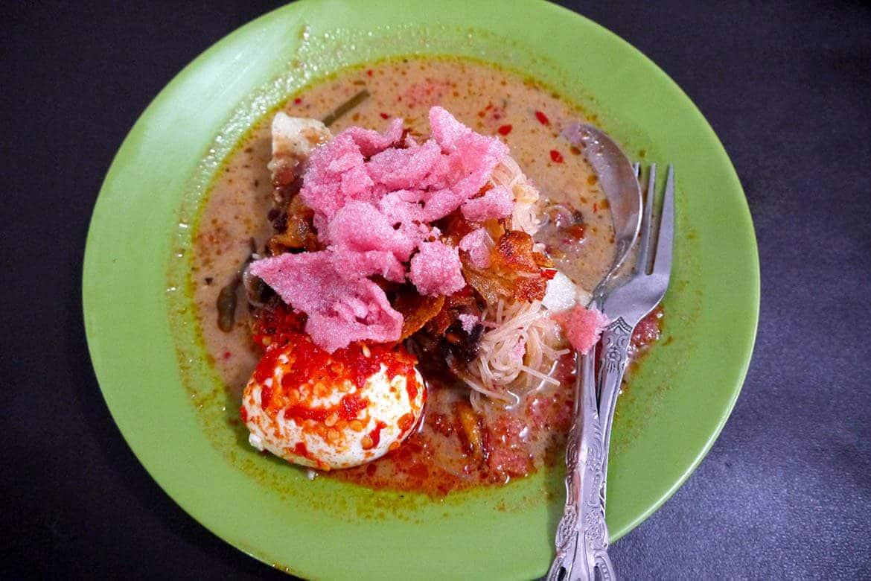 Kuliner Medan - Lontong Kak Lin (andalastourism)
