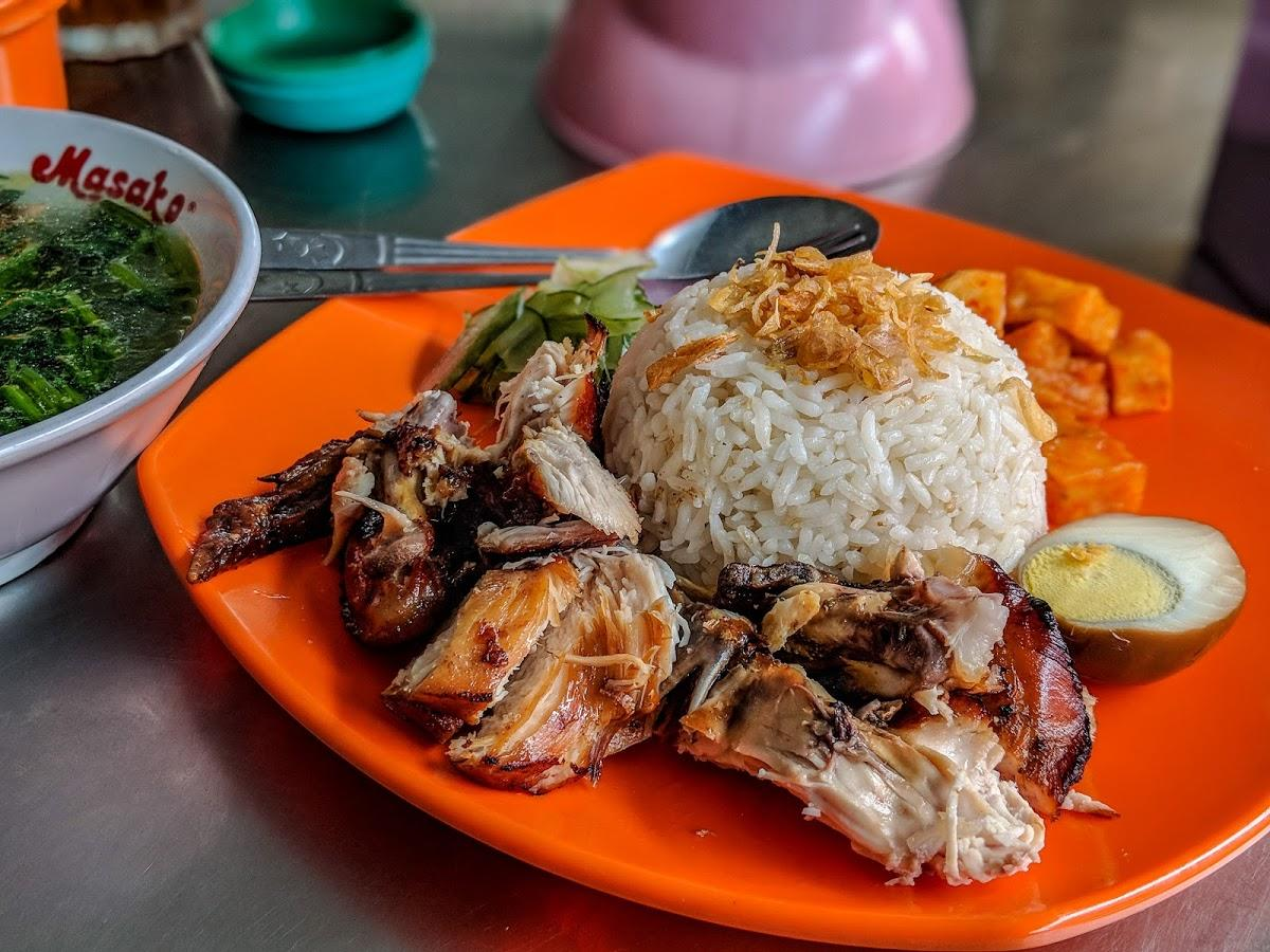 Kuliner Medan - Nasi Ayam Mama Koki (restaurantguru)