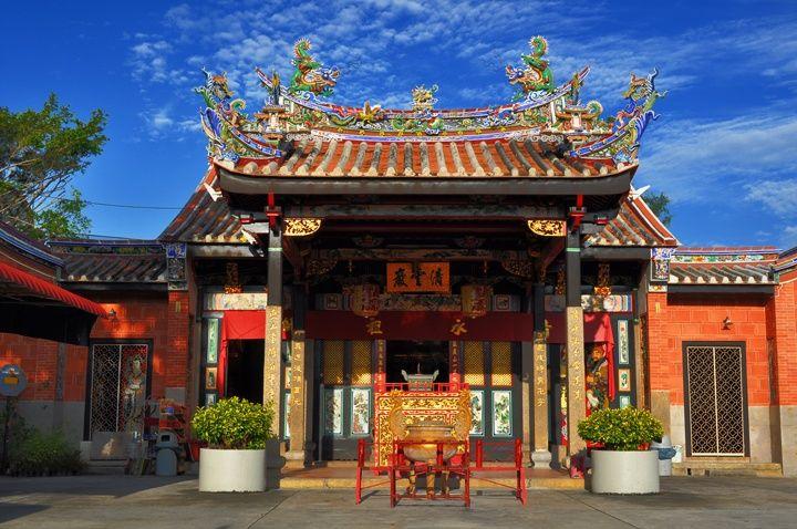 tempat wisata di Penang - Snake Temple (pinterest)
