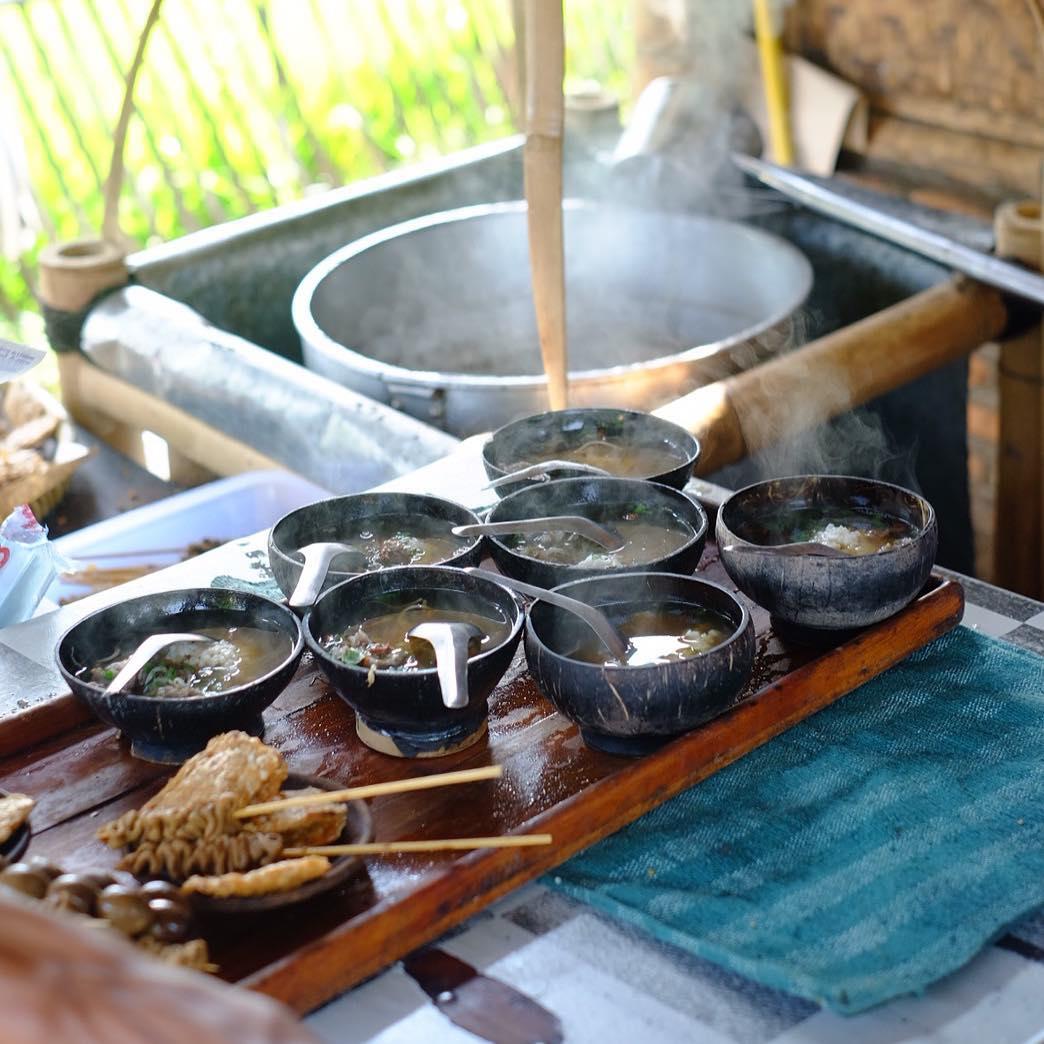 Itinerary Jogja 3 Hari 2 Malam Balance Kekinian Hits & Alam: Soto Bathok Mbah Katro (javafoodie)
