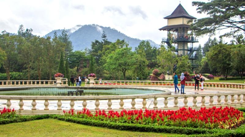Taman Bunga Nusantara (javatravel)