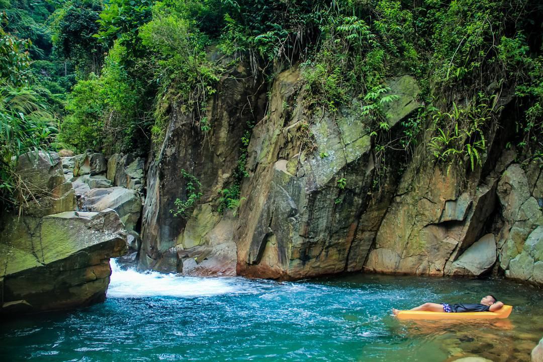 Tempat Wisata di Bogor yang Paling Murah - Curug Cibaliung (seringjalan)