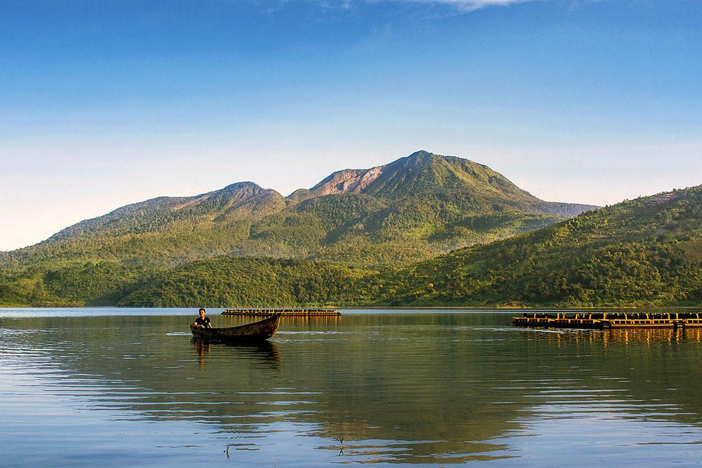 Wisata di Sumatera Barat - Danau Talang (suarakampus)