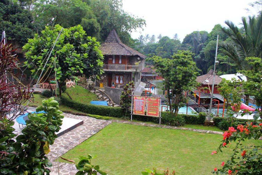 Tempat Wisata di Bogor yang Paling Murah - Telaga Malimping (ksmtour)