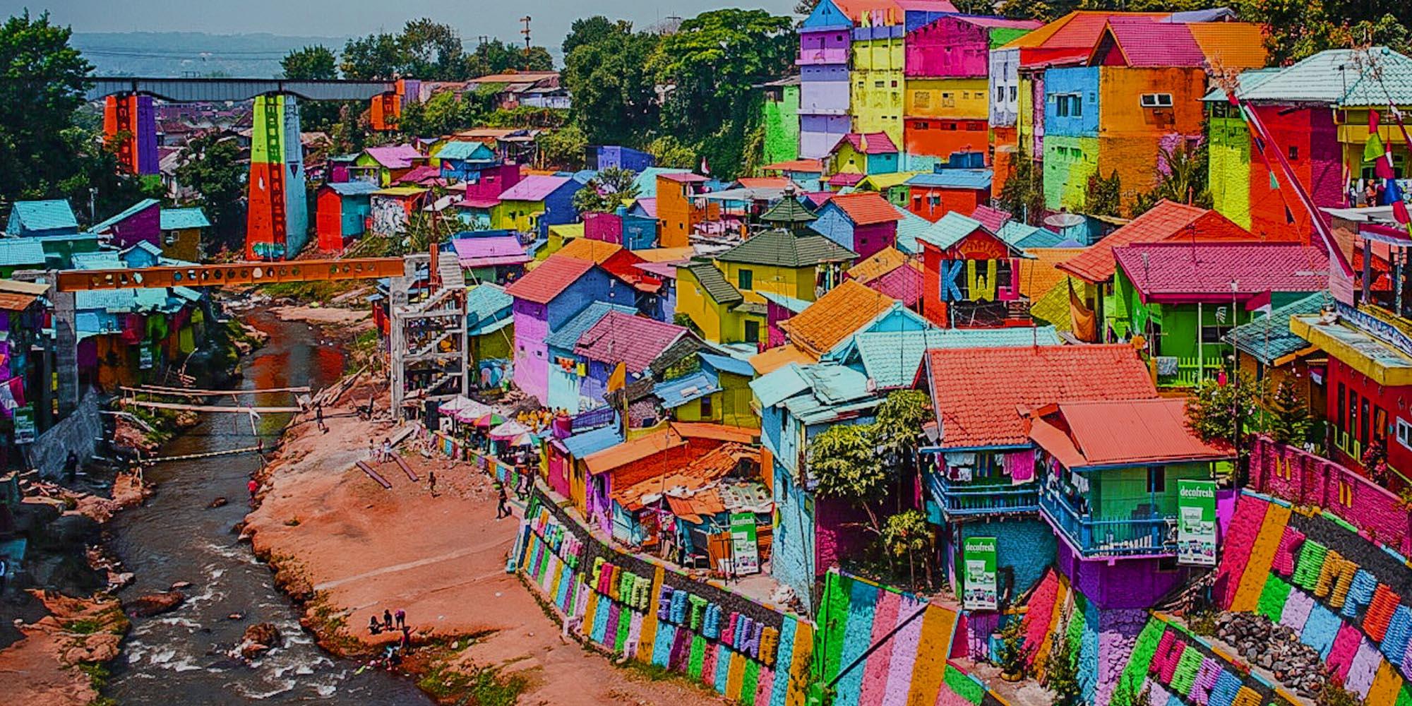 tempat wisata di Malang yang murah - Kampung Jodipan dan Tridi (yoexplore)