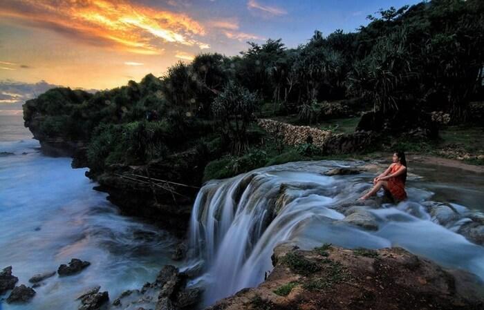 Wisata di Gunung Kidul - Pantai Jogan (nativeindonesia)