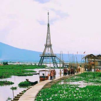 Wahana wisata Rawa Pening (sikidang)