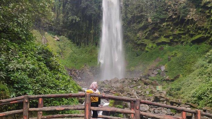 tempat wisata di Kulon Progo - Air Terjun Grojogan Sewu (tribunnews)