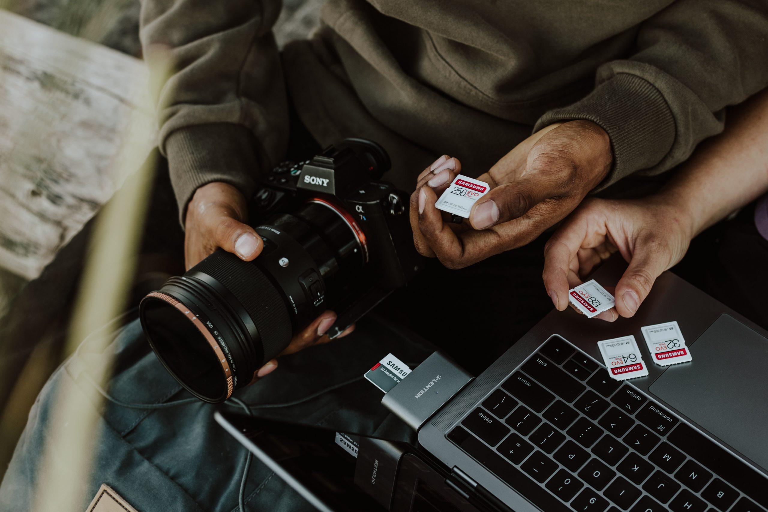 tips memilih kamera dslr - Memori Kamera (samsungmemory)